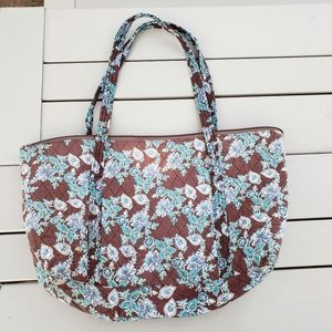 Handbags - Quilted tote, zippered, large, brown/blue paisley